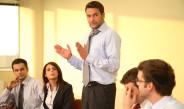 Руководитель —  «функциональный тренер». Что выиграет компания?
