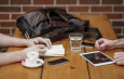 Уместны ли смайлики в сервисной переписке с клиентом или коллегами