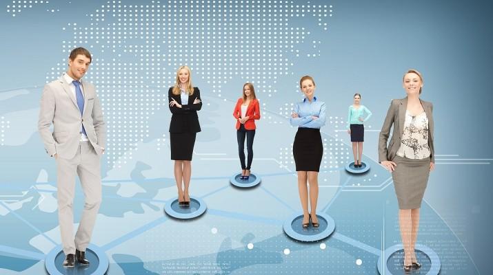 корпоративная сеть сближает сотрудников?
